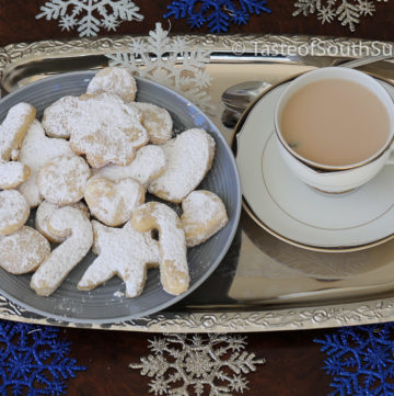 Sudanese Kahk - Sugar Coated Cookies, South Sudan Kahk Taste of South Sudan. Sudanese Kahk. Egyptian Ghorayebah. Sudanese eid cookies, Kahk al Eid. Middle Eastern Dessert. South Sudan Christmas Cookies